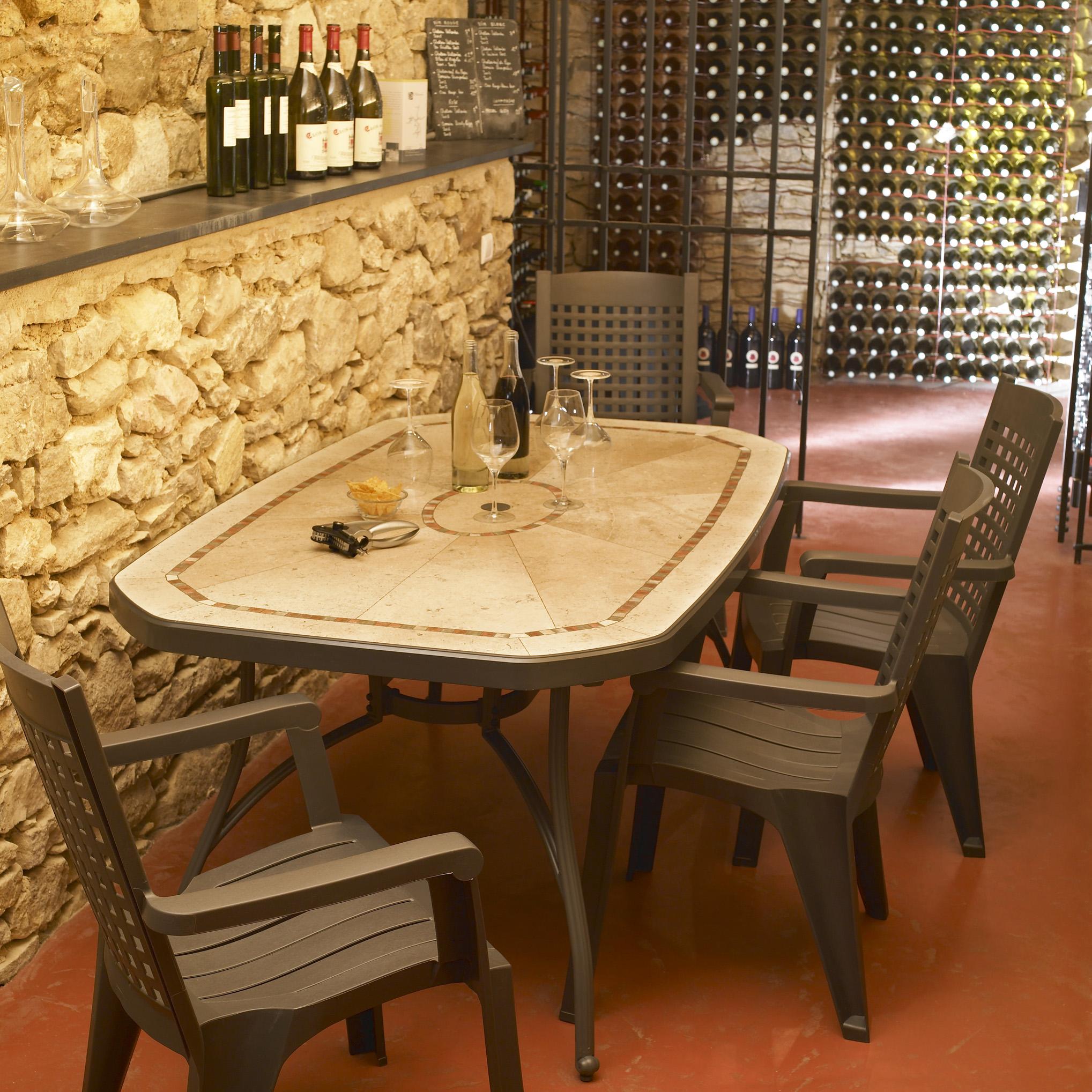 Cadix armchair classique for Alhambra decoration
